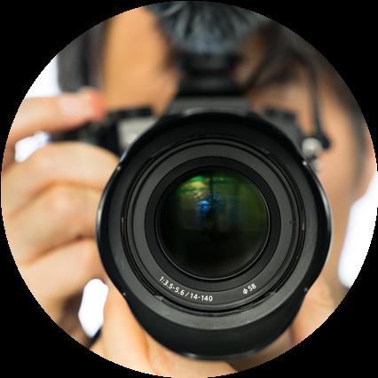 カメラのファインダー A